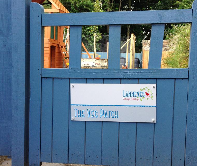 Wayfinding signage for Lanneves Cottage Holidays