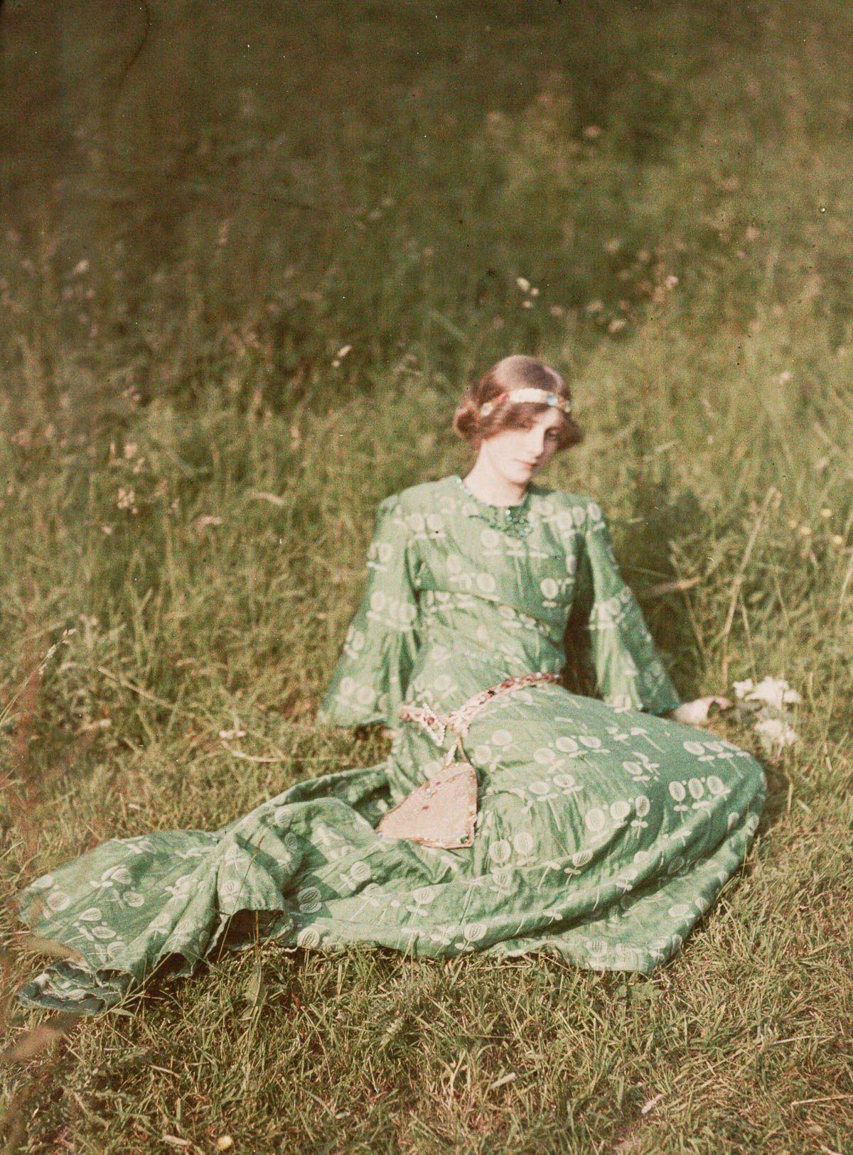 1909 Daydreams by John Cimon Warburg