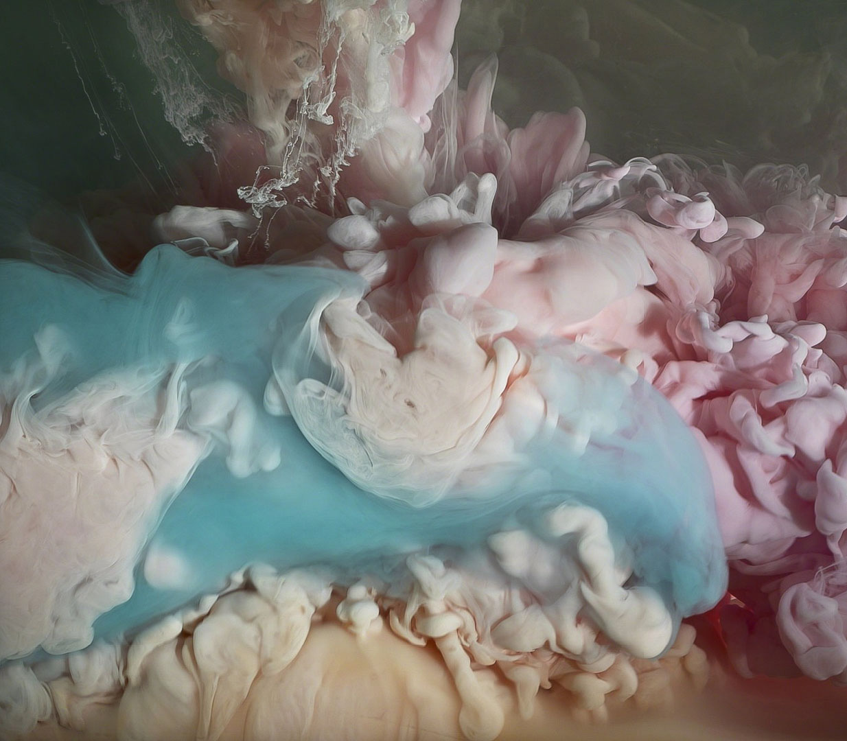 Paint in water photographed
