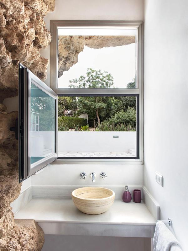 Cave house modern bathroom