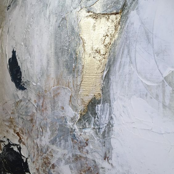 Close up of Irene de Klerk Wolters abstract art with shimmering gold