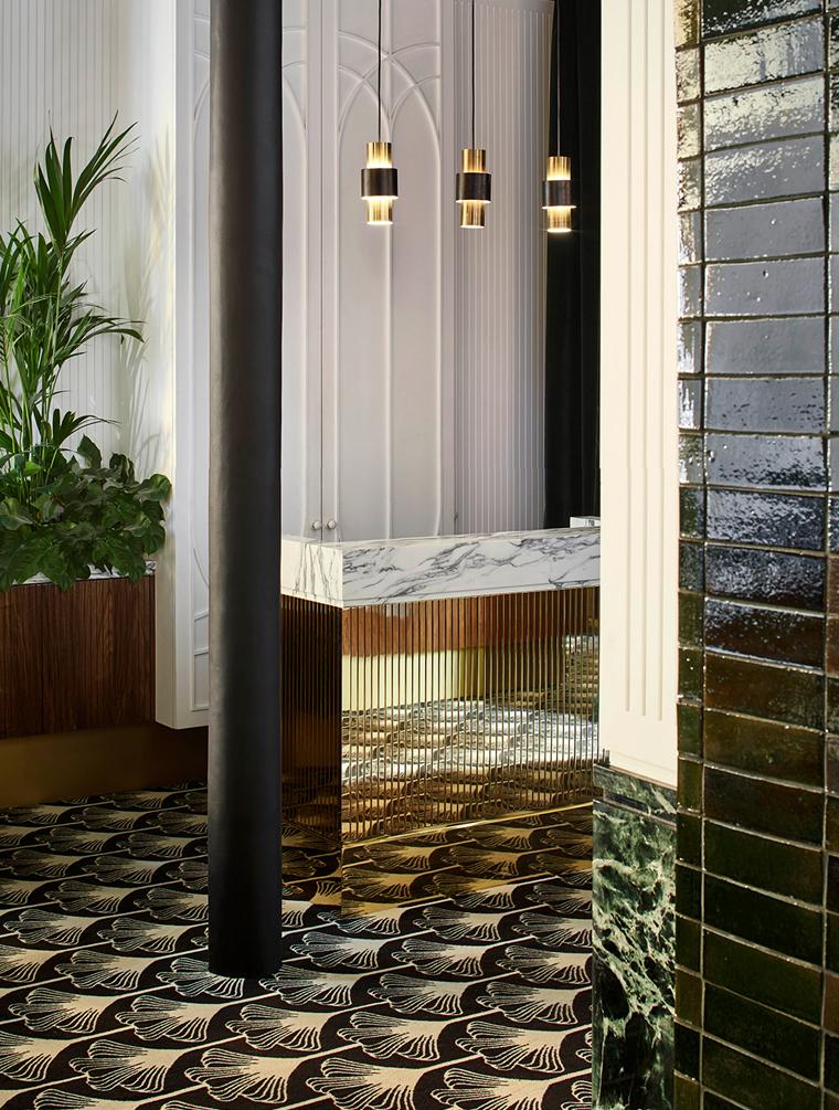 Beautiful restaurant in Paris with restored Art Deco details