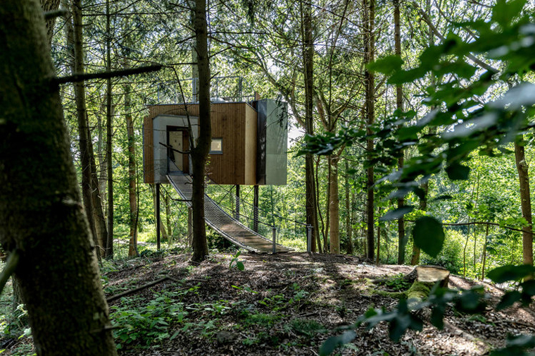 Holiday home in Denmark up in the trees, architect designed